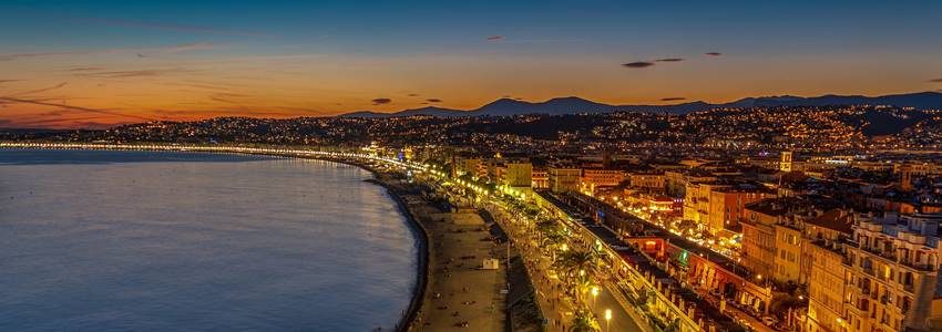 Nizza Útikalauz - Turisztikai látványosságok, ajánlások